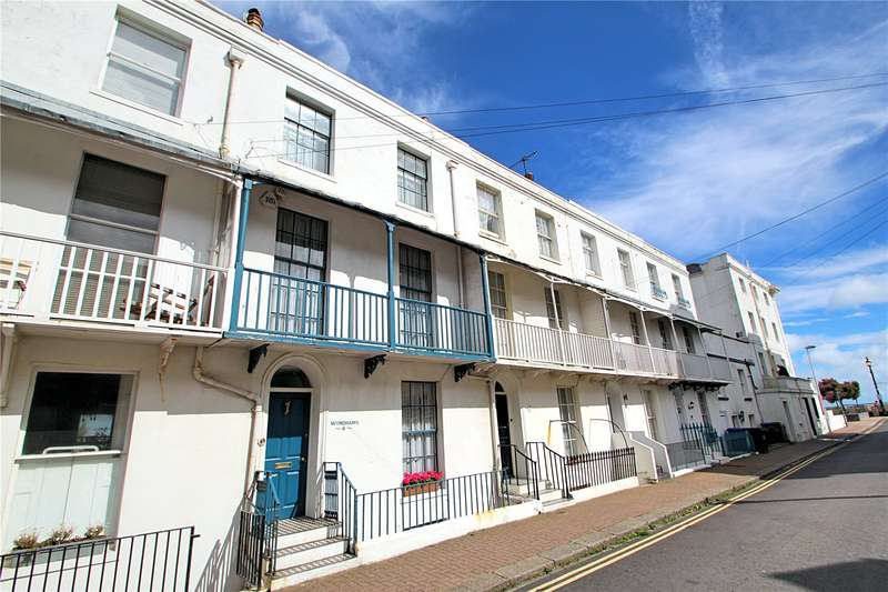 4 Bedrooms Terraced House for sale in Warwick Road, Worthing, West Sussex, BN11