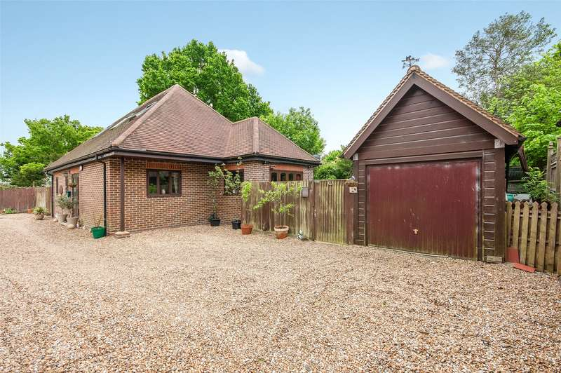 3 Bedrooms Detached Bungalow for sale in Underhill Road, Newdigate, Dorking, Surrey, RH5