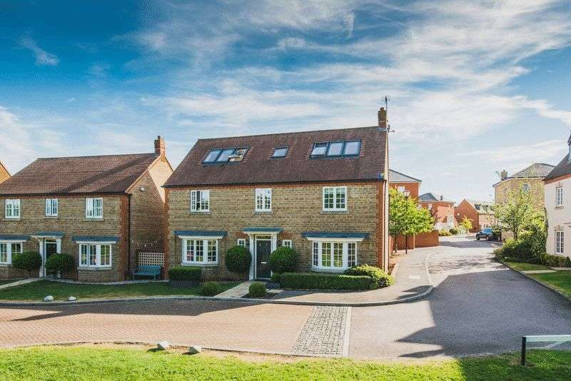 6 Bedrooms Detached House for sale in Sheridan Grove, Milton Keynes