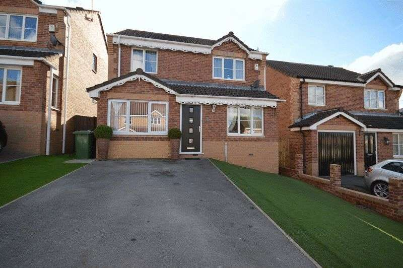 4 Bedrooms Detached House for sale in Greenacres Drive, Castleford
