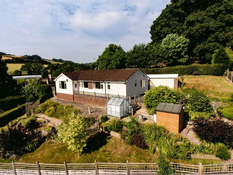 3 Bedrooms Detached Bungalow for sale in Three Horse Shoes, Cowley, Exeter