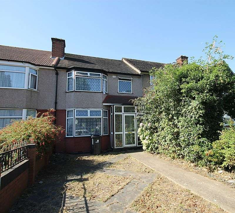 3 Bedrooms Terraced House for sale in Fermoy Road, Greenford
