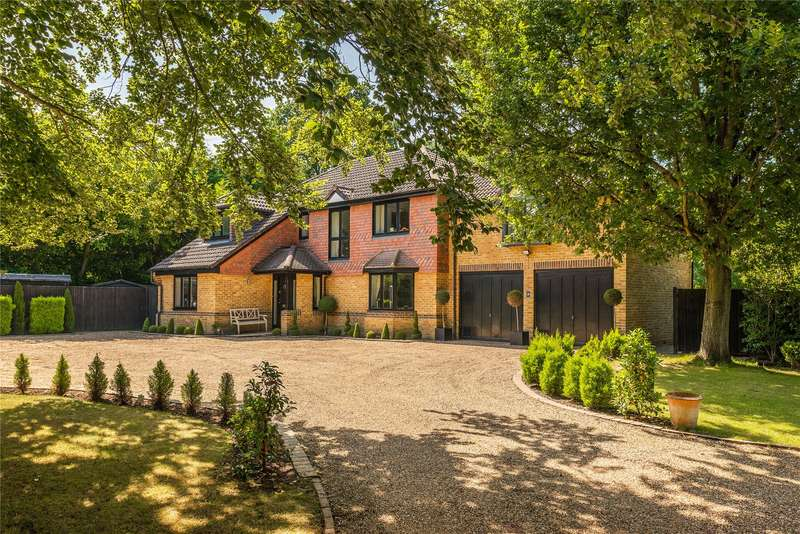 5 Bedrooms Detached House for sale in Arreton Mead, Horsell, Woking, Surrey, GU21