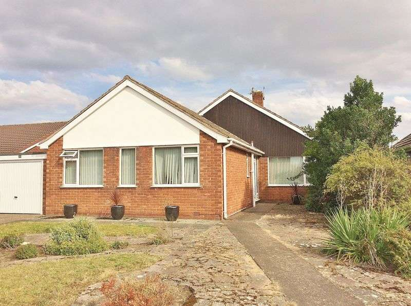 3 Bedrooms Detached Bungalow for sale in Upton Avenue, Ainsdale
