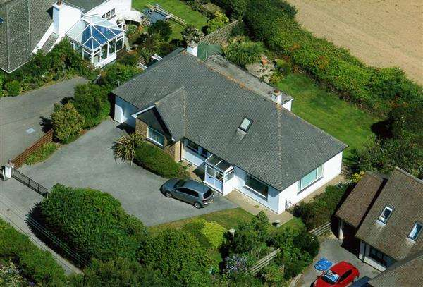 4 Bedrooms Detached House for sale in MAWNAN SMITH