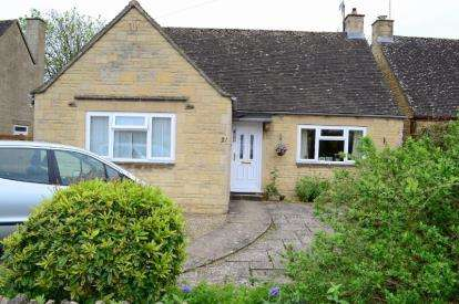 2 Bedrooms Bungalow for sale in Letch Hill Drive, Bourton-on-the-Water, Cheltenham, Gloucestershire