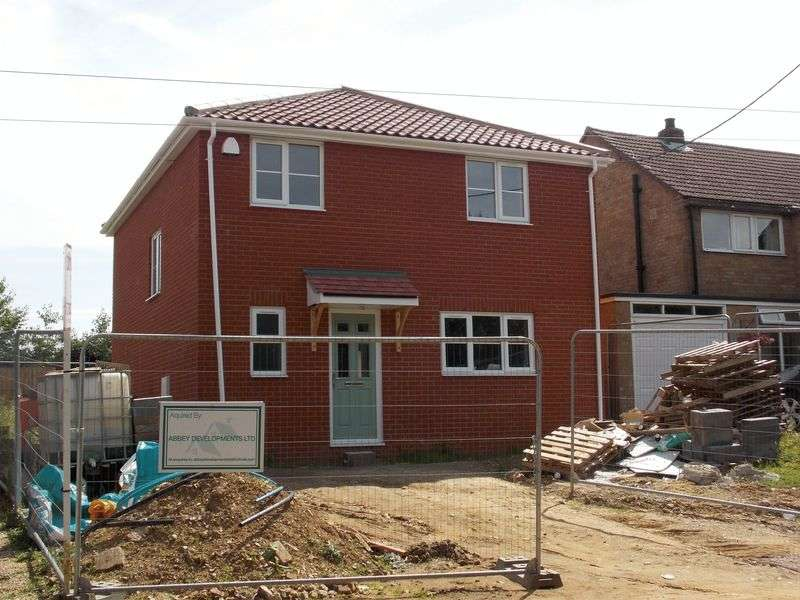 3 Bedrooms Detached House for sale in South Street, Risby