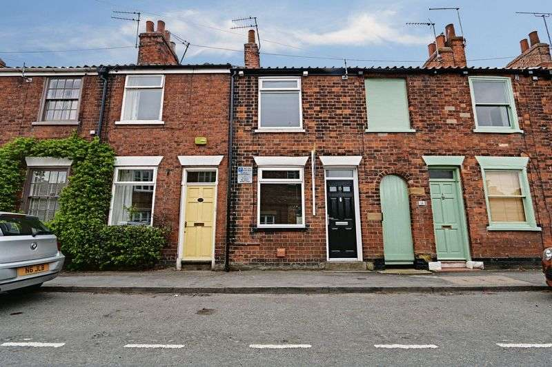 2 Bedrooms Terraced House for sale in Albert Terrace, Beverley