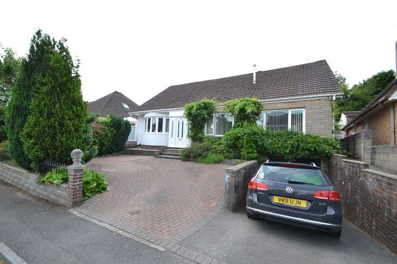 4 Bedrooms Detached House for sale in Wenallt Road, Rhiwbina, Cardiff. CF14 6TP