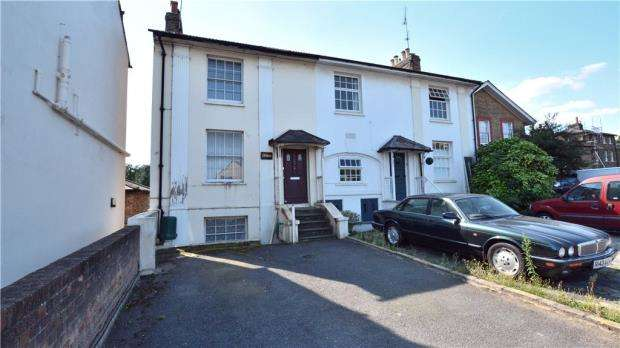 5 Bedrooms Semi Detached House for sale in Hillingdon Road, Uxbridge, Middlesex