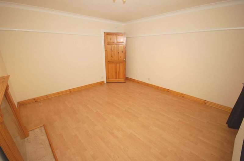 2 Bedrooms Flat for sale in 2a Anne Avenue, Renfrew,Renfrewshire PA4