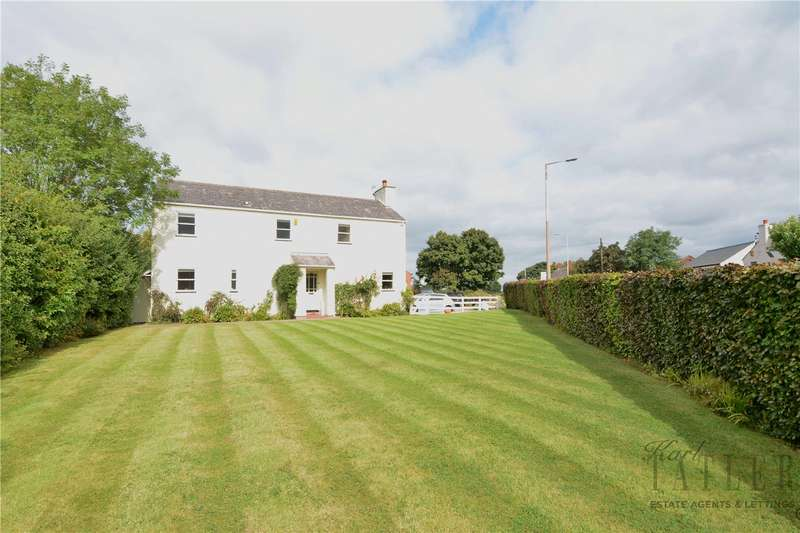 4 Bedrooms Detached House for sale in Saughall Road, Saughall Massie Village, Wirral