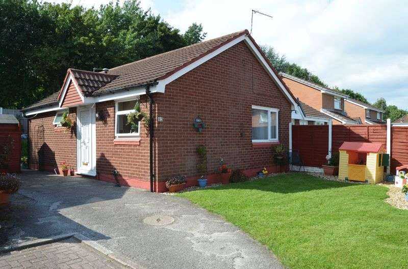 2 Bedrooms Detached Bungalow for sale in Littlebourne, Runcorn