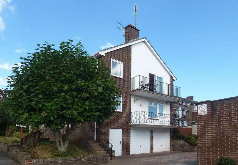 2 Bedrooms Flat for sale in St Leonards