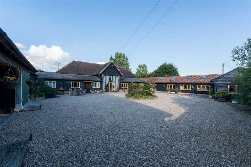 4 Bedrooms Detached House for sale in White Elm Road, Chelmsford