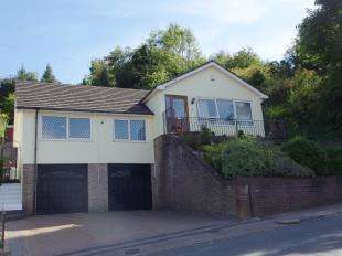 3 Bedrooms Bungalow for sale in Crabble Lane, River, Dover, Kent