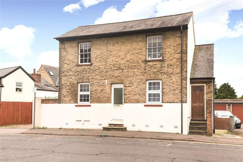 3 Bedrooms Maisonette Flat for sale in Whitehall Road, Uxbridge, Middlesex, UB8
