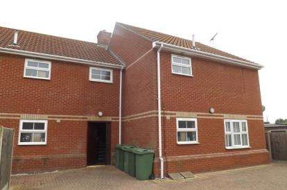 1 Bedroom Flat for sale in 211 Old Road, Clacton-On-Sea, Essex