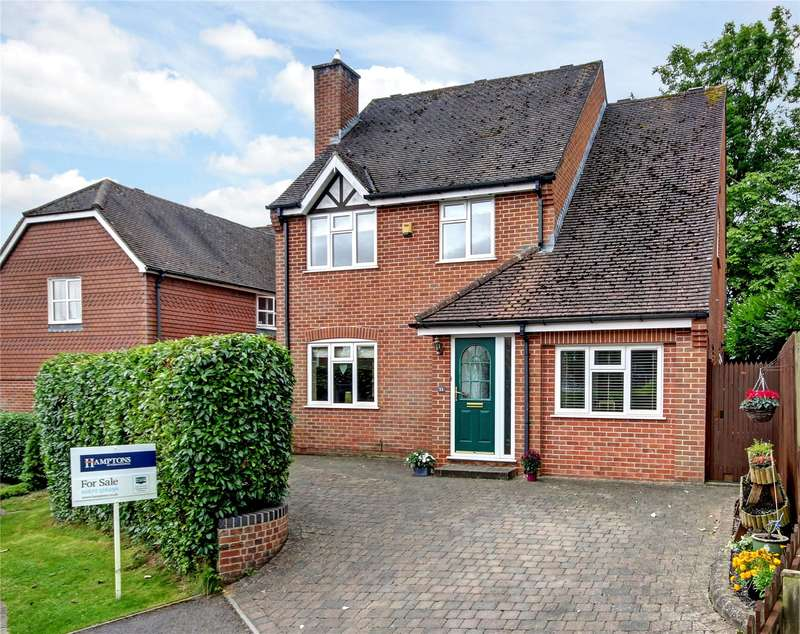 4 Bedrooms Detached House for sale in The Thorns, Marlborough, Wiltshire, SN8