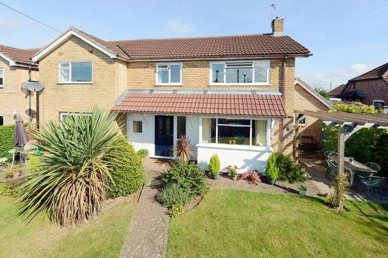 4 Bedrooms Detached House for sale in Wenlock Road, Bridgnorth