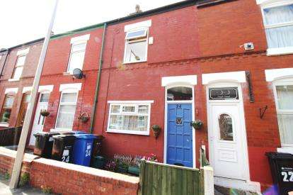 2 Bedrooms Terraced House for sale in Birchfield Road, Stockport, Greater Manchester