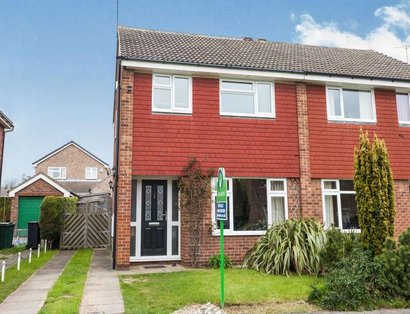 3 Bedrooms Semi Detached House for sale in Wentworth Way, Dinnington, Sheffield, S25