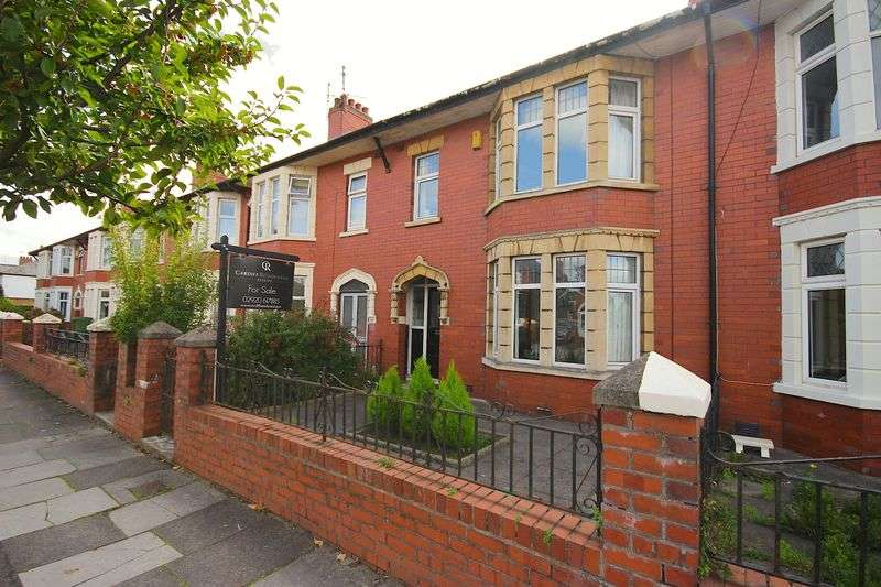 3 Bedrooms Terraced House for sale in Rhydhelig Avenue, Heath