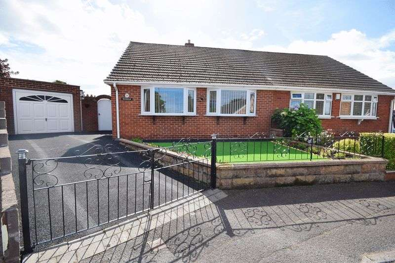 2 Bedrooms Semi Detached Bungalow for sale in Stratford Close, Milton