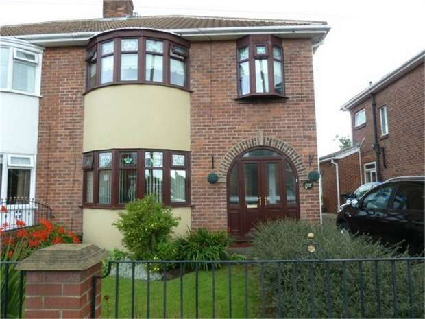 3 Bedrooms Semi Detached House for sale in Highfield Road, South Shields, Tyne and Wear