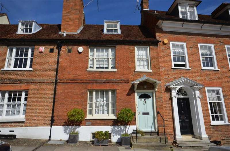 4 Bedrooms Property for sale in Castle Street, Farnham
