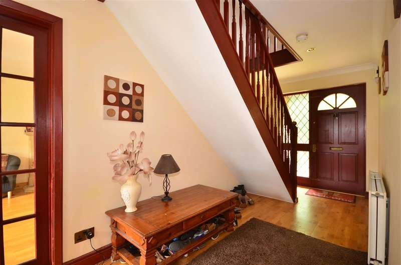 4 Bedrooms Detached House for sale in Lower Hyde Road, Shanklin, Isle of Wight