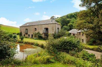 5 Bedrooms Barn Conversion Character Property for sale in Cornwall
