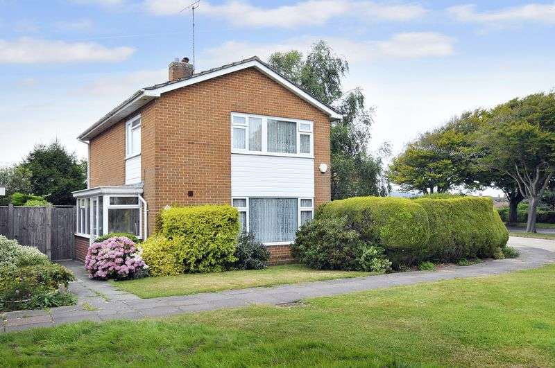 3 Bedrooms Detached House for sale in Goring Way, Worthing