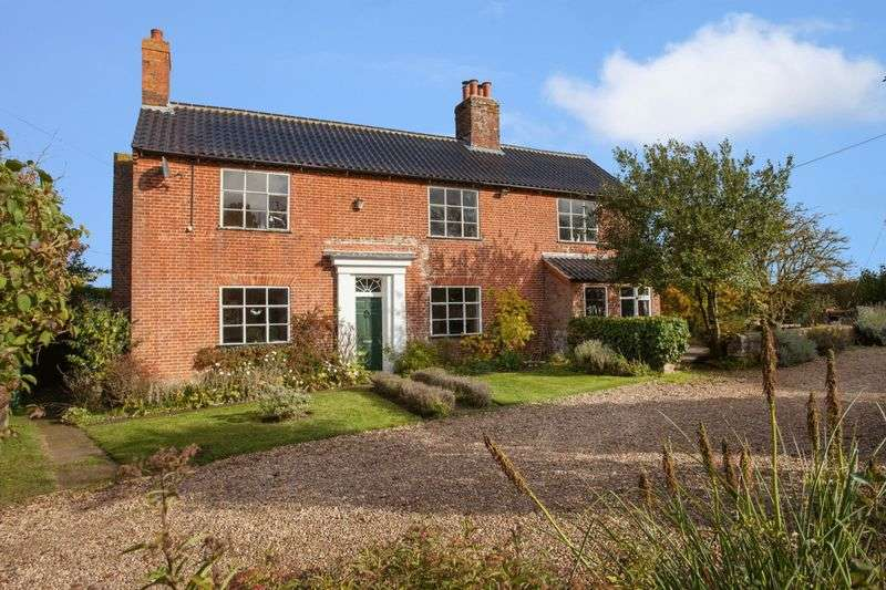 6 Bedrooms Cottage House for sale in Stubbs Green, Loddon