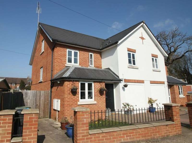 5 Bedrooms Semi Detached House for sale in Adeyfield, Hemel Hempstead