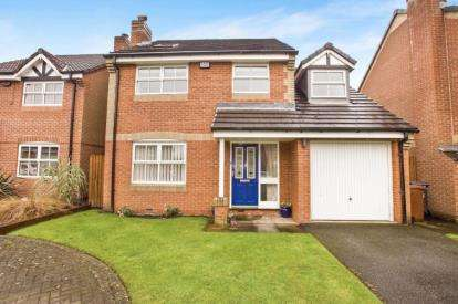 4 Bedrooms Detached House for sale in Calderbank Close, Leyland, Lancashire, Preston