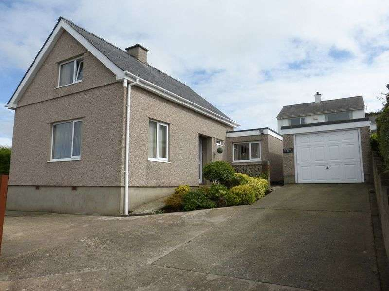 3 Bedrooms Detached House for sale in Caernarfon