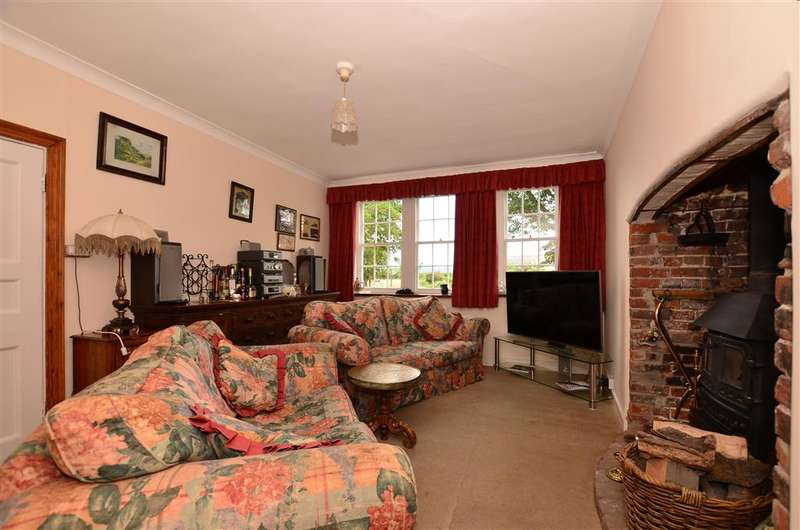 4 Bedrooms Detached House for sale in West Street, Cliffe, Rochester, Kent