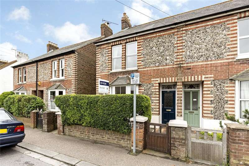 3 Bedrooms Semi Detached House for sale in Spitalfield Lane, Chichester, West Sussex, PO19