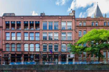 2 Bedrooms Flat for sale in One Canal Street, Manchester