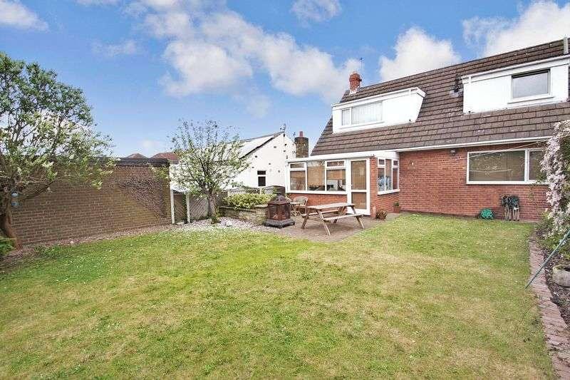 3 Bedrooms Detached House for sale in Hillcrest Road, Castleford