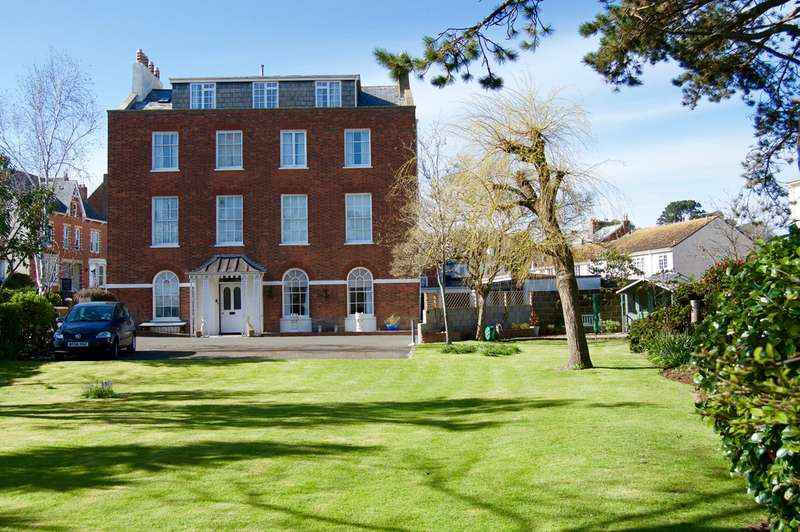 3 Bedrooms Apartment Flat for sale in Norton Garth, Station Road, Sidmouth, Sidmouth, EX10