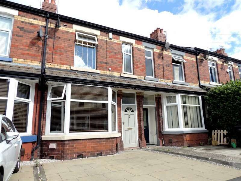 2 Bedrooms Property for sale in Lyndhurst Avenue, Bredbury, Stockport