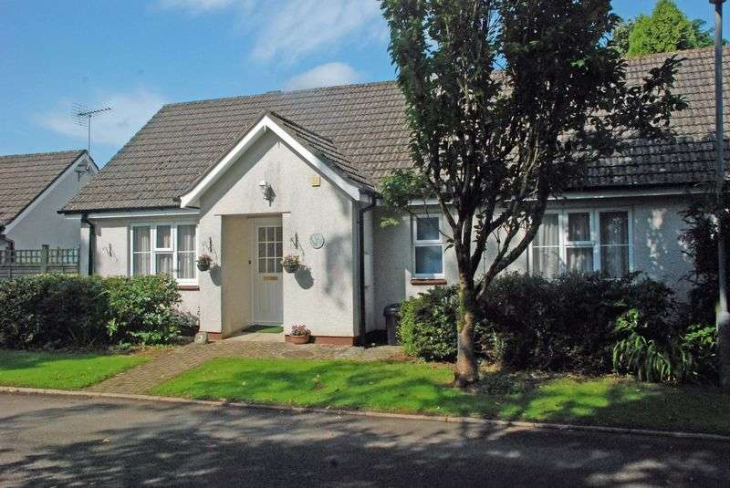 2 Bedrooms Semi Detached Bungalow for sale in ST TUDY