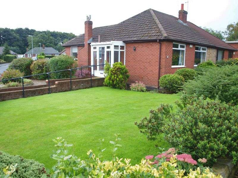 2 Bedrooms Semi Detached Bungalow for sale in Ladyhouse Lane, Milnrow, OL16 4EQ