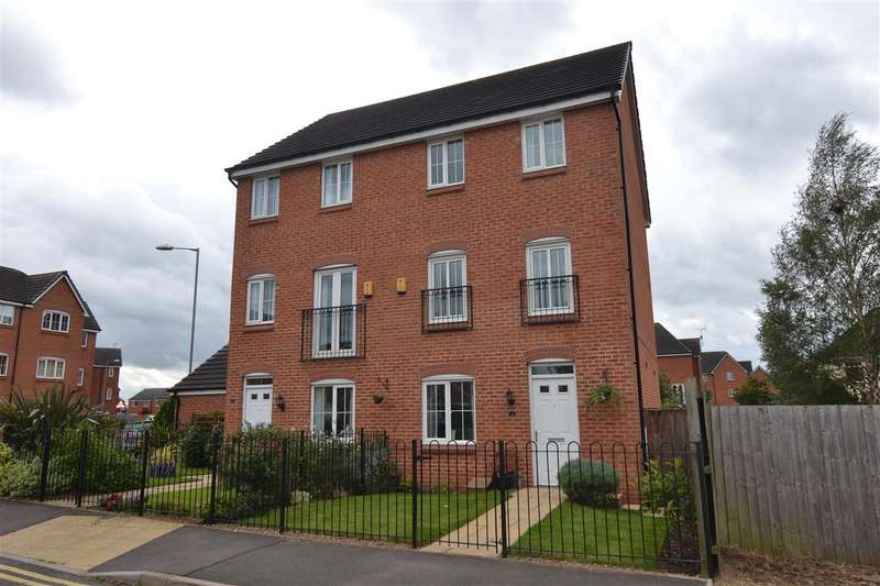 4 Bedrooms Semi Detached House for sale in Ranshaw Drive, The Crossing, Stafford