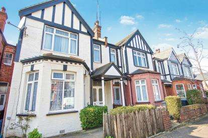 6 Bedrooms Semi Detached House for sale in Astley Avenue, Willesden Green, London
