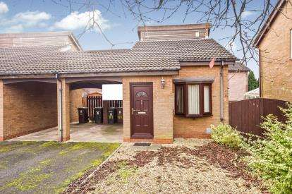 1 Bedroom Link Detached House for sale in Kiln Croft, Clayton-le-Woods, Chorley, Lancashire, PR6