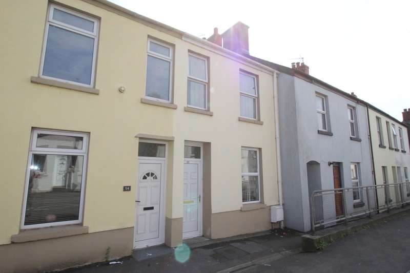 2 Bedrooms Terraced House for sale in Priory Street, Carmarthen, Carmarthenshire, SA31