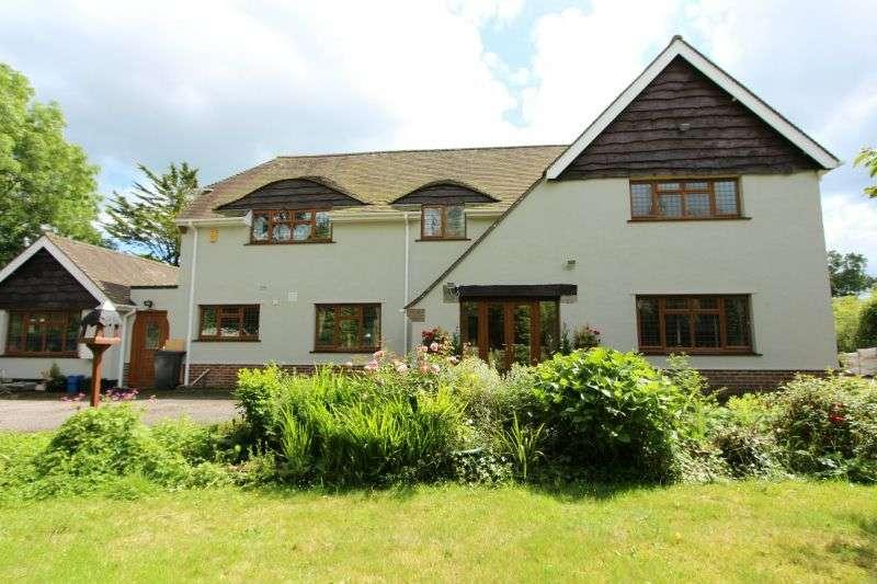 5 Bedrooms Detached House for sale in Salcombe Regis